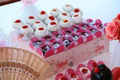 Bella Fiore Decoração de Eventos: Kokeshi