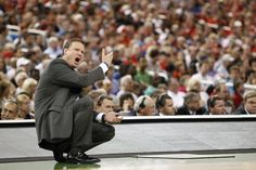 Best coach in College Basketball - Bill Self ... KU sets the record for most wins in NCAA history in a 6 year period (197)~