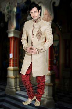 Buy Attractive Look Beige Color Indo Western Sherwani Online from Bodylinestore at best price. Select wide range of men's wedding sherwani, designer sherwani for groom, traditional sherwani, jodhpuri sherwani, sangeet sherwani and more. Sherwani For Men Wedding, Sherwani Groom, Mens Sherwani, Wedding Men, Wedding Suits, Glamorous Wedding, Luxury Wedding, Royal Look, Royal Blue And Gold
