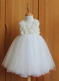 12f221f8d82f 39 Best Too cute Flower girl dresses images