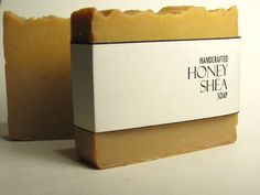 Soap Packing, Savon Soap, Soap Labels, Soap Display, Homemade Soap Recipes, Soap Boxes, Cold Process Soap, Home Made Soap, Handmade Soaps