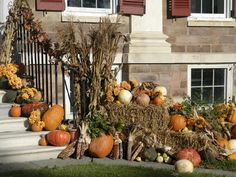 Eye-catching ideas for adding autumn decor to your porch or yard. >> http://www.diynetwork.com/decorating/fall-decorating-for-the-front-yard/index.html?soc=pinterest