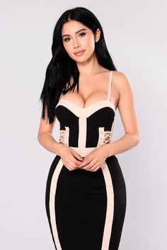 - Available In Black/Nude - Sweetheart Dress With Lace Up Cut Outs On Waist - Nude Contrasting - Back Zipper - 95% Polyester 5% Spandex