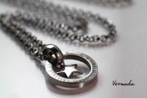 Vernada Design UNELMOI. USKO. TAISTELE. USKALLA. -ketju, TERÄS, tähti, 70 cm  #Vernada #jewelry #koru #teräskoru #ruostumatonteräs #stainless #steel #suomestakäsin #käsityökortteli #finnishdesign #finnishfashion