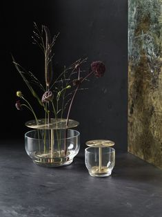 Named after the Japanese word for making flowers live, Ikebana is also used to describe the art of arranging flowers. This vase by Jaime Hayon for Fritz Hansen inhabits the spirit of Ikebana, designed to honor and enjoy the whole flower. Fritz Hansen, Ikebana, Design Vase, Deco Design, Chair Design, Design Design, Furniture Design, Alvar Aalto Vase, Tv Cupboard