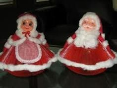 Claus And Santa Made Out Of Old Readeru0027s Digests I Remember My Aunt Making  These! To Bad I Didnu0027t Have These Now To Add To My Christmas Decorations!