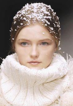 Vlada Roslyakova at Dolce & Gabbana F/W 2006
