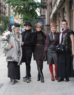 When I grow up I want to be these women... You are never too old to have style!!!!  ADVANCED STYLE