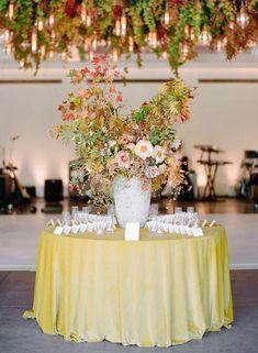 La Tavola Fine Linen Rental: Velvet Golden | Photography: Rebecca Yale Photography, Venue: Solage, Event Design & Planning: Simone Lennon Events, Florals: Loop Flowers, Rentals: Hensley Event Resources, Lighting: Got Light