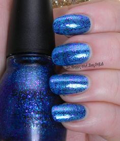 Sinful Colors Super Star | Be Happy And Buy Polish http://behappyandbuypolish.com/2014/11/10/sinful-colors-glitter-nail-polishes/