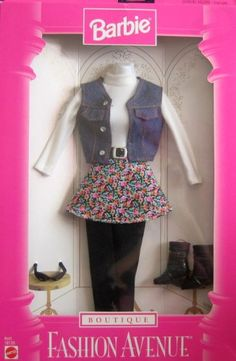 Amazon.com: Barbie Boutique Fashion Avenue Collection Fashions (1997): Toys & Games