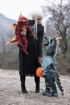 Raquel del Rosario – Planeta Particular Halloween Vintage, Halloween Crafts For Kids, Halloween Kostüm, Diy Halloween Costumes, Holidays Halloween, Halloween Decorations, Makeup Vintage, Witch Fancy Dress, Baby Kostüm