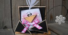 Cute Penguin Blockhead Tutorial made with a 2x4 Crafts, Wood Block Crafts, Christmas Decorations, Christmas Ornaments, Penguin Ornaments, Penguin Craft, Christmas Ribbon, Kids Wood, Diy Décoration