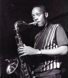 Sonny Stitt fue un músico estadounidense de jazz, saxofonista tenor y alto; también tocaba ocasionalmente el barítono. (1924-1982).Sus estilos son los del bop, hard bop y soul jazz.Se trata de uno de los principales seguidores de Charlie Parker, de cuya estela pudo empezar a separarse al empezar a usar el saxo tenor, momento en que la influencia de Parker fue compensada con la de Lester Young.