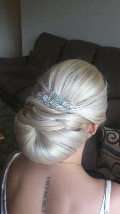 Bridal hair-Rebecca Dietrich