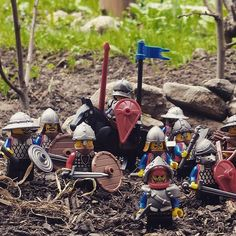 LEGO MOC of the Week - Knights in the Woods by Little Carpet Wars