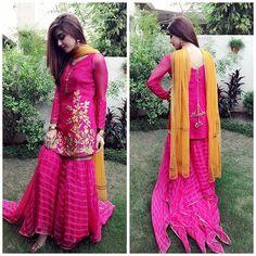 Gharara Pant Beautiful Outfits with Gharara Pants Pakistani Party Wear, Pakistani Dress Design, Pakistani Outfits, Pakistani Gharara, Indian Outfits, Stylish Dresses, Simple Dresses, Gharara Pants, Maya Ali