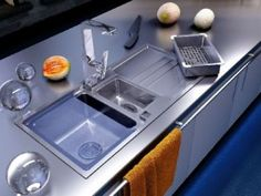 Modern Kitchen Organization Ideas and Home Staging Tips for Sink Areas modern kitchens sinks, storage and organizing tipsmodern kitchens sinks, storage and organizing tips Modern Kitchen Sinks, Functional Kitchen, Modern Kitchens, Kitchen Organization, Organization Hacks, Organizing Tips, Home Staging Tips, Kitchen Interior, Kitchen Staging