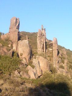 El valle de los monolitos en Sorlada-Navarra.  Great stones in Navarrae  #megalitos#naturaleza