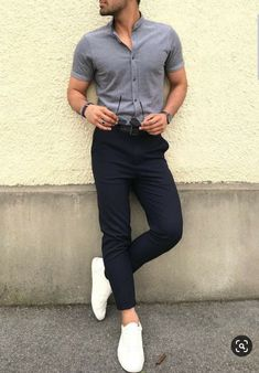 Mens Minimalist Fashion - My Minimalist Living Trendy Mens Fashion, Stylish Mens Outfits, Casual Outfits, Men Casual, European Fashion Men, Formal Men Outfit, Mens White Outfit, Glam Look, Man Dressing Style