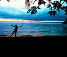 Yoo, atardecer en Playa Maigualida, Edo sucre, Venezuela