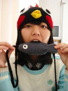 Zhou Jieyuan 周劼媛 - Golden Pinwheel Young Illustrators Award 2015 - gold award Pinwheels, Illustrators, Crochet Hats, Beanie, Gold, Fashion, Knitting Hats, Moda, Fly Reels