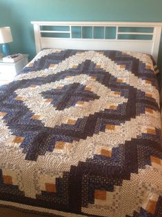 Log cabin quilt for Diarmaid