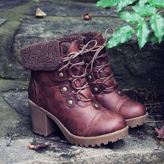 Leavenworth Booties... gorgeous for fall & winter. www.spool72.com