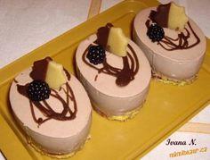 zákusky z formiček semifreda Cheesecake, Cupcakes, Pudding, Sweets, Recipes, Cupcake Cakes, Gummi Candy, Cheesecakes, Custard Pudding