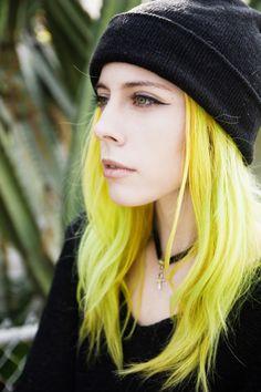 Amazing yellow hair #hair #hairstyle #color #yellow  www.doctoredlocks.com