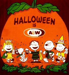 "Vintage Halloween ad for A&W Rootbeer featuring ""Peanuts"" characters. Peanuts Halloween, Halloween Iii, Halloween Cans, Retro Halloween, Halloween Prints, Halloween Items, Halloween Pictures, Spirit Halloween, Holidays Halloween"