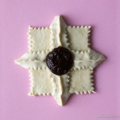 Joulutorttumallit | Reseptit | Kinuskikissa Sugar, Cookies, Desserts, Food, Crack Crackers, Tailgate Desserts, Deserts, Eten, Cookie Recipes