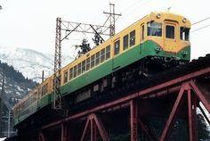 もと京阪3000系テレビカーの富山地方鉄道10030形。同社の主力車種の一つですが、既に入線から25年が経過しているのですね。時の流れは早いものです。さて...