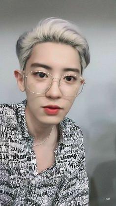 """Chanyeol in specs - an appreciation thread -"" Chanyeol Cute, Park Chanyeol Exo, Baekhyun Chanyeol, Exo K, Kpop, Rapper, Chansoo, Exo Chanbaek, Exo Ot12"