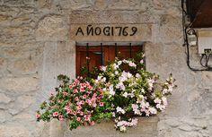 Ventana con flores en #GargantaLaOlla #LaVera #Verateando