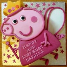 Peppa pig cake & this one is even cuter! Peppa Pig Birthday Cake, Custom Birthday Cakes, 3rd Birthday Parties, 2nd Birthday, Birthday Ideas, Cumple Peppa Pig, Pig Party, Cakes For Boys, Girl Cakes