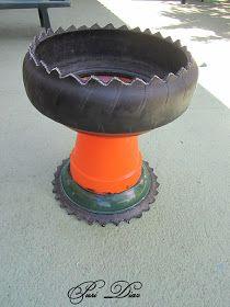 Copa Realizada con neumático de scooter grande     PASO A PASO...   Necesitamos...       *1 rueda de scooter   *1 plato de maceta de ...