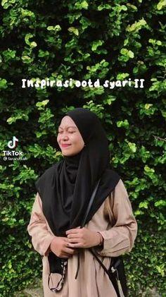Casual Hijab Outfit, Ootd Hijab, Hijab Chic, Hijab Style Tutorial, Feel Good Videos, Hijab Fashion Inspiration, How To Pose, Clothing Hacks, Muslim Fashion