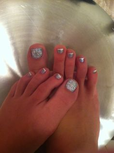 Christmas Pedicure | Claws | Pinterest | Pedicures, French nails ...