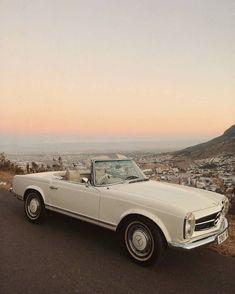 Mercedes Auto, New Mercedes, Mercedes W124, Classic Mercedes, Aston Martin Vanquish, Bmw I8, Carros Retro, Carros Vintage, Retro Cars