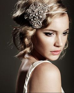 Beautiful headpiece.  1920s Gatsby