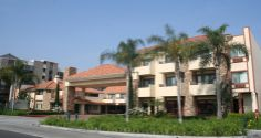 Tropicana Inn & Suites