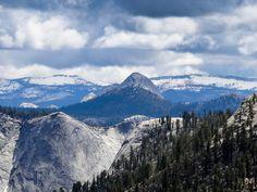 Vue depuis Olmsdet Point - Yosemite Park Californie. La suite sur www.voyage-aux-etats-unis.com/j5-san-francisco-yosemite-park/