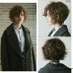 Messy Bob Hairstyles, Short Bob Haircuts, Trending Hairstyles, Haircut Short, Medium Hairstyles, Shot Hair Styles, Curly Hair Styles, Unordentlicher Bob, Shirt Hair