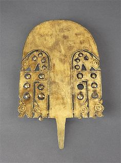 SICÁN-LAMBAYEQUE culture  North coast 750 – 1375 AD  Crown ornament 900-1100 AD gold