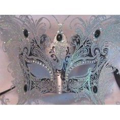 I found 'Bellini Gatti/Silver Two Wing Butterfly/Venetian Carnival Masquerade Mask/Swarovski Crystals' on Wish, check it out!