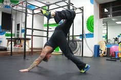 Increase your strength, mobility and athleticism while ditching the gym with Animal Flow fitness.