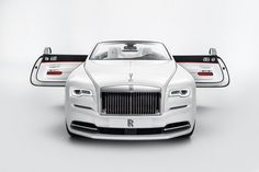 The House of #RollsRoyce Announces Spring/Summer 2017 Collection