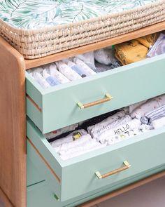 Aucune description de photo disponible. Petites Tables, Diy Furniture, Baby Kids, Kids Room, Motifs, Room Ideas, House, Design, Home Decor