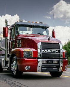 Mack's Summer Sizzler Finance Program adds up to $5,000 in Customer Cash Incentives on all 2020 and older #MackAnthem day cab and sleeper models. Learn more: ow.ly/nhdi102gKhK Volvo Trucks, Mack Trucks, Semi Trucks, Heavy Duty Trucks, Sale Promotion, Peterbilt, Tractors, American, Canada